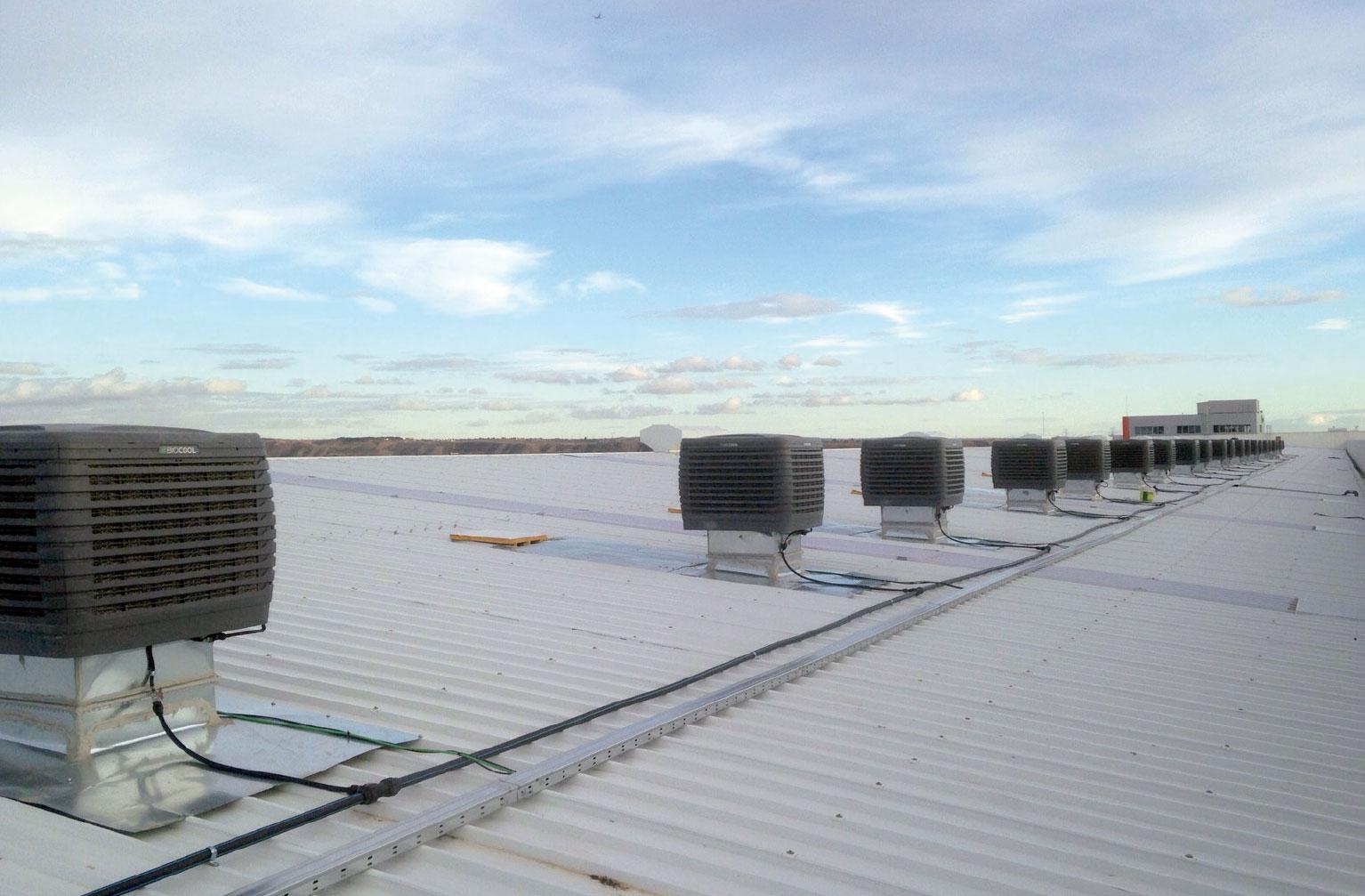 Instalación climatización evaporativa en Naves industriales